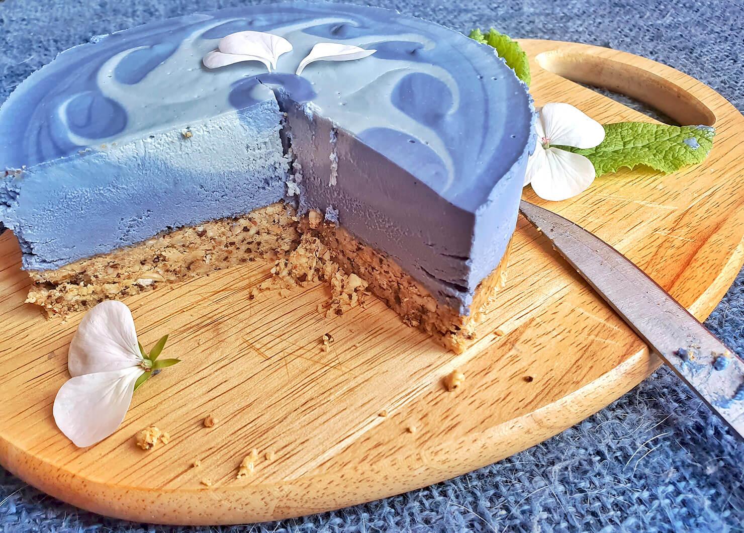 """Тортата на Вали """"Синьо небе"""" с Warrior"""