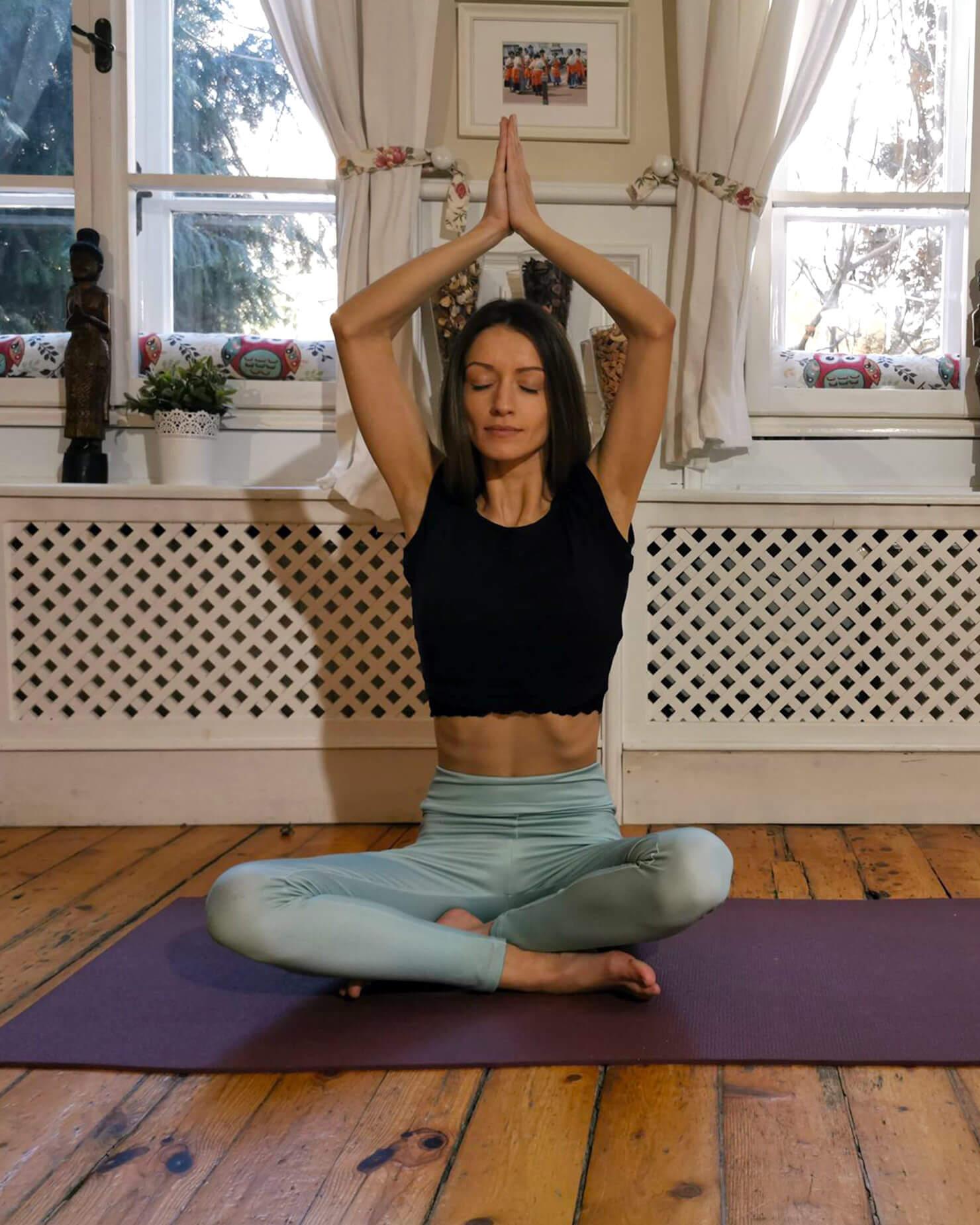 Стефани Цанова: Йога ме научи да бъда себе си
