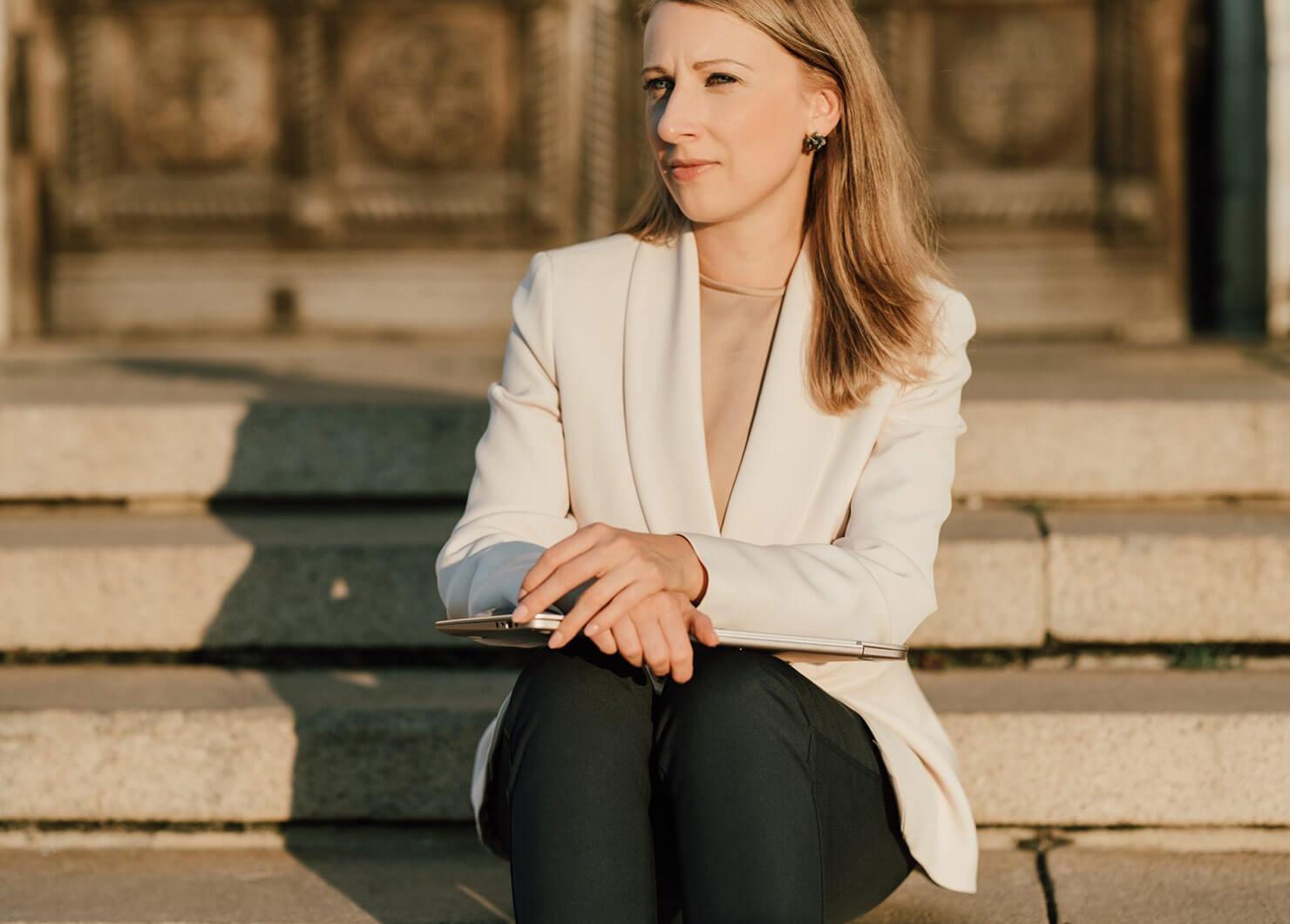 Лили Георгиева: Ключово е да поставим себе си и познанието за онова, което е в нас, на първо място