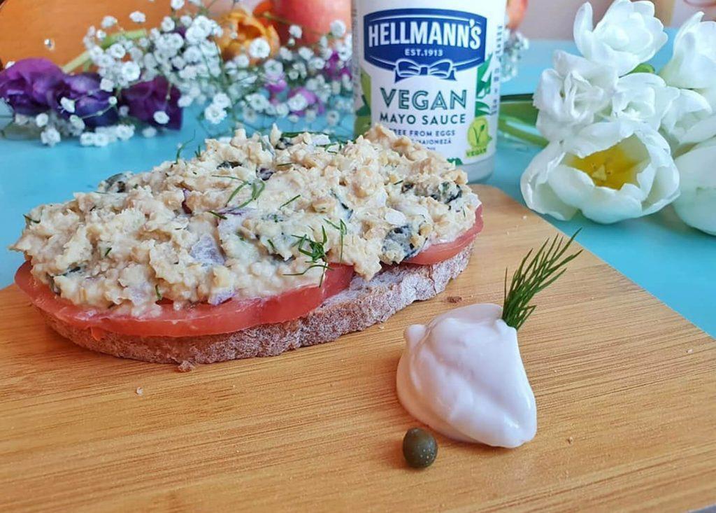Сандвичи с веган риба тон и Oracle