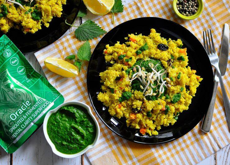 Карфиолен ориз със дип от сурова коприва